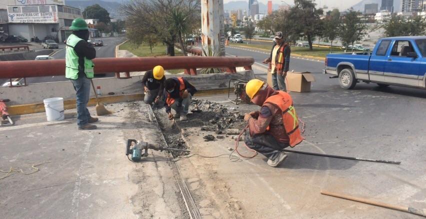 Rehabilitación de Juntas de Calzada Exprés de Morones Prieto-Garza Sada