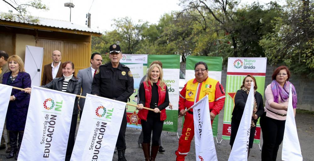 """El arranque oficial se realizó en la Secundaria 8 """"Niños Héroes"""","""