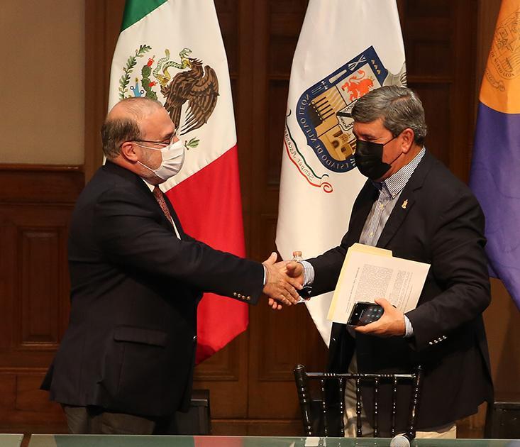 Renuncia Contralor General del Estado Gerardo Guajardo