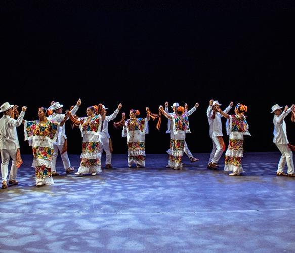 ballet_folklorico_juvenil_del_edo_de_yucatan.jpg