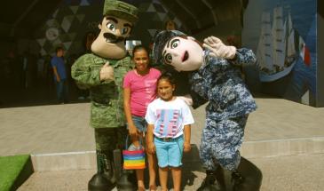 exposición fuerzas armadas