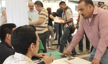 Feria de Empleo en Cintermex
