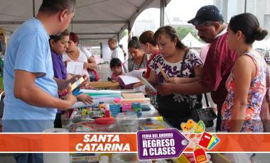 Feria regreso a clases en Santa Catarina