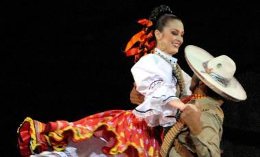 Son de México – 10 Años – Grandeza y Costumbre
