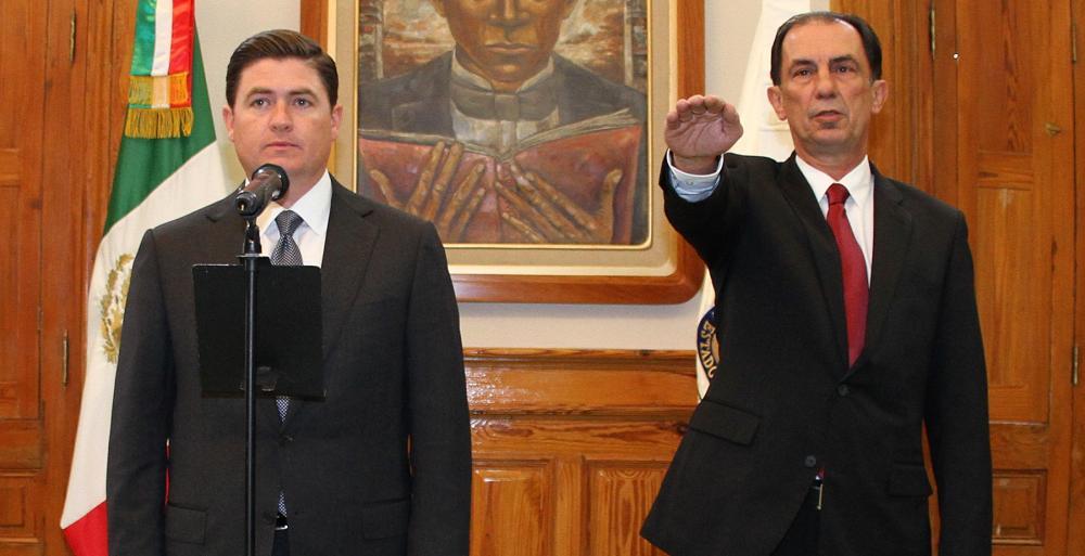 También asume como nuevo Subprocurador del Ministerio Público, Pedro José Arce Jardón.