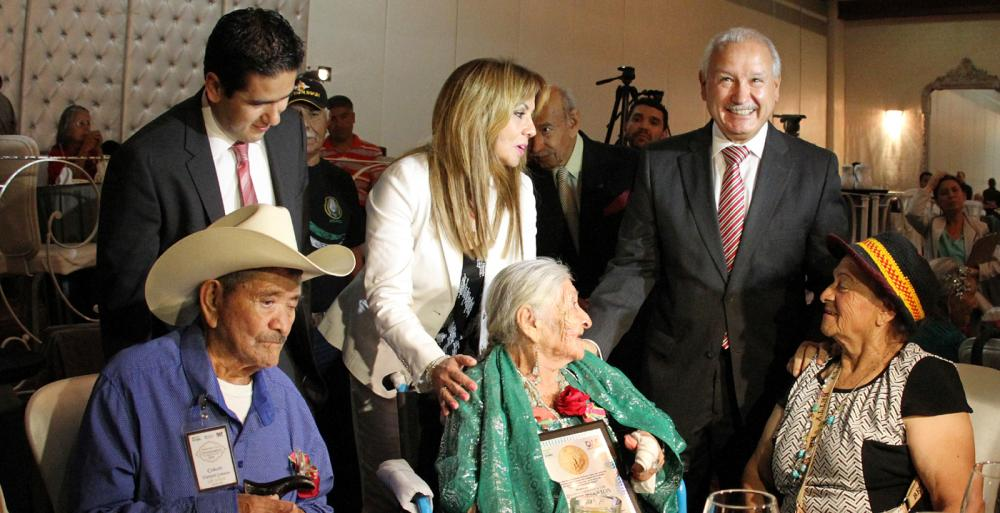 Conmemora Gobierno del Estado  a adultos mayores de más de 100 años de edad