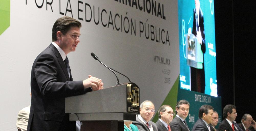Realizan en Nuevo León Coloquio Internacional de Educación Pública