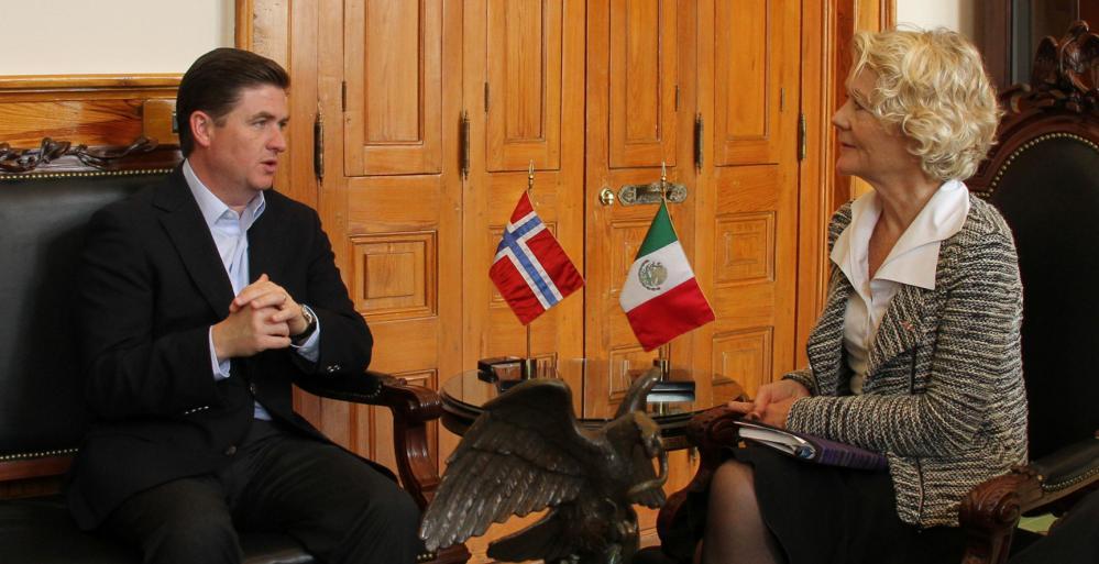 Recibe Gobernador visita de embajadora de Noruega