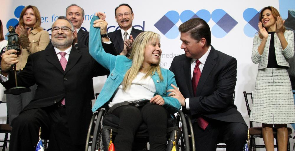 Inauguran Gobernador Rodrigo Medina Primer Foro Mundial de la Renapred.