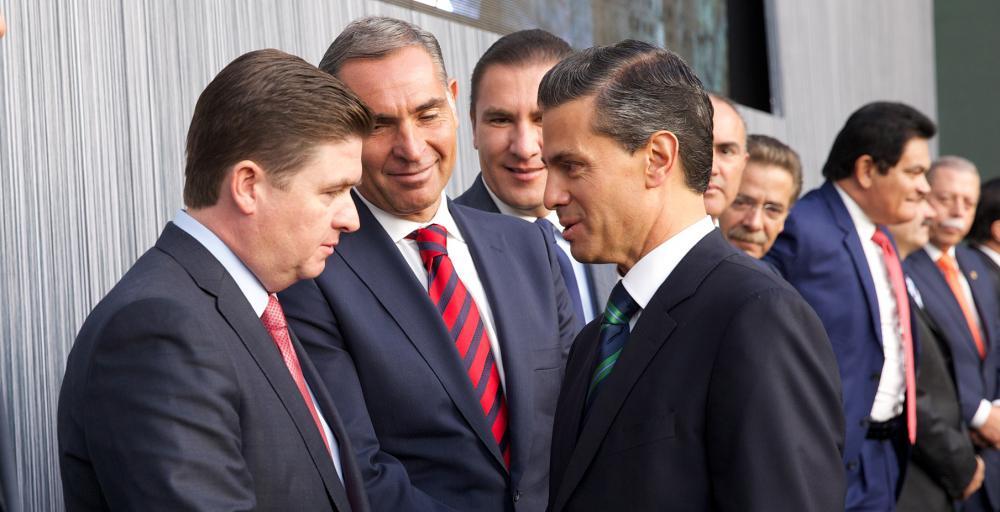 """Asiste Gobernador Rodrigo Medina a mensaje """"Por un México en Paz"""""""