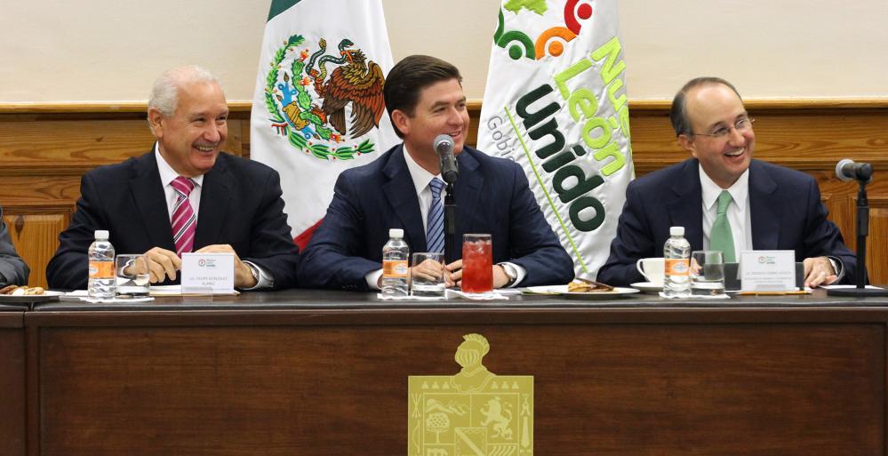 Exhorta Gobernador Rodrigo Medina a su Gabinete a seguir trabajando en el último mes de su administración.