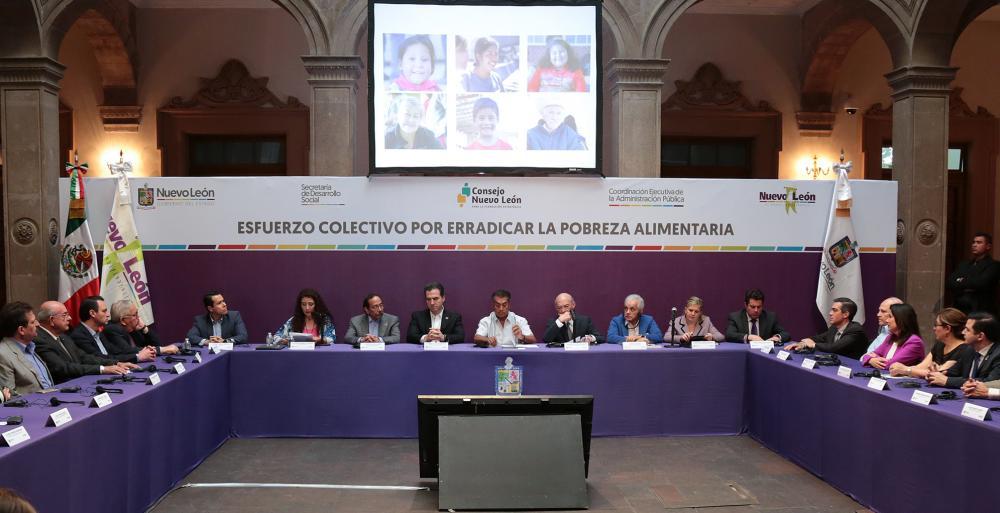 Especialistas del sector público y privado acordaron hoy elaborar un plan integral que fortalezca las acciones y estrategias para abatir el hambre en Nuevo León.  La primera reunión de participantes en el esfuerzo colectivo para este propósito estuvo enca