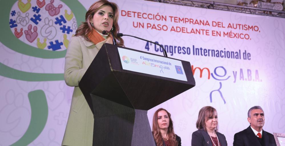 Inaugura DIF Nuevo León Congreso sobre autismo y nuevo Centro de atención para este padecimiento.