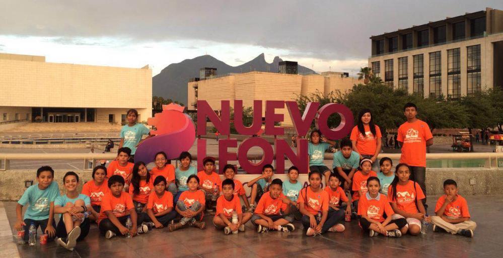 Acerca Turismo NL atractivos a niños de escasos recursos