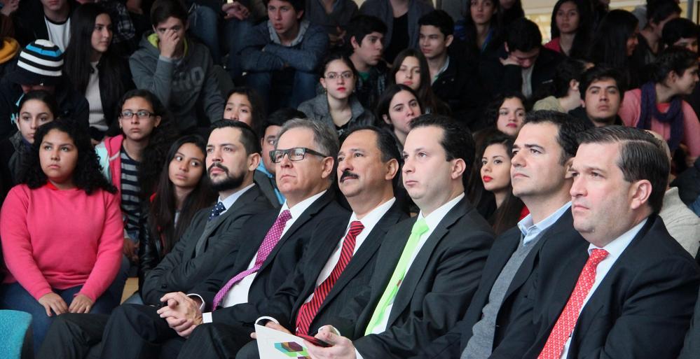 Presenta Secretaría de Educación nuevos planes académicos para formación de profesionales.