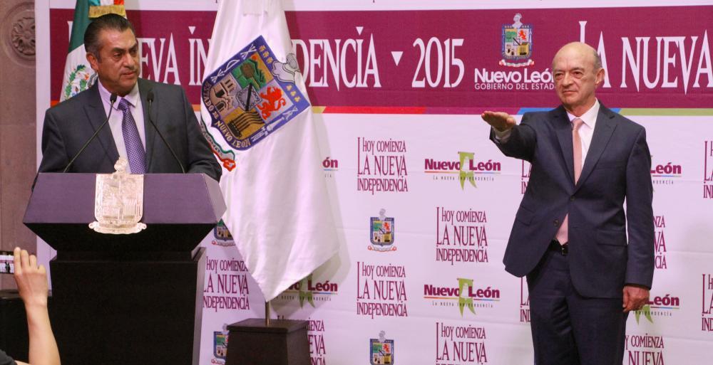 Toma protesta Gobernador Jaime Rodríguez a 35 nuevos funcionarios.