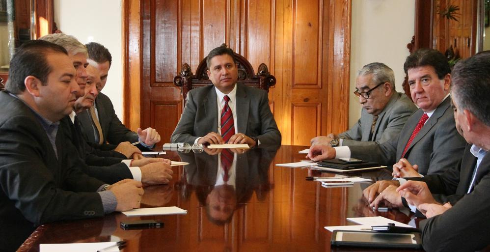 Gobierno del Estado en conjunto con municipios y fuerzas federales acordaron un operativo de inspección y vigilancia principalmente en taxis.